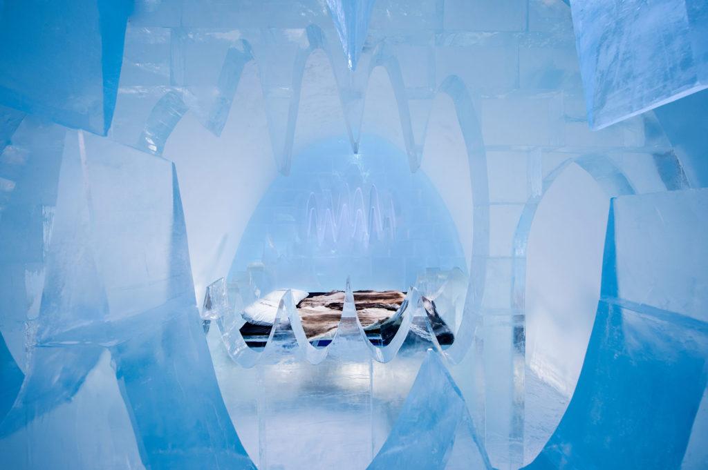 hôtel de glace en suède insolite