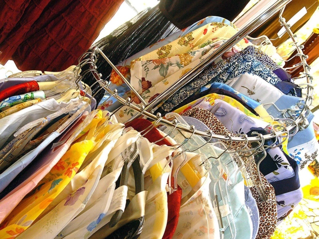 Thrifting-1